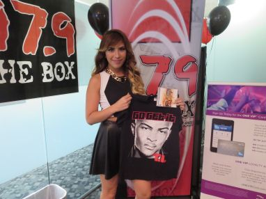 Download your no mediocre photo with ti 979 the box ti no mediocre meet greet m4hsunfo