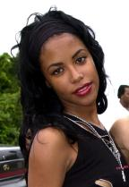 10 Photos To Remember The Beautiful Late Aaliyah