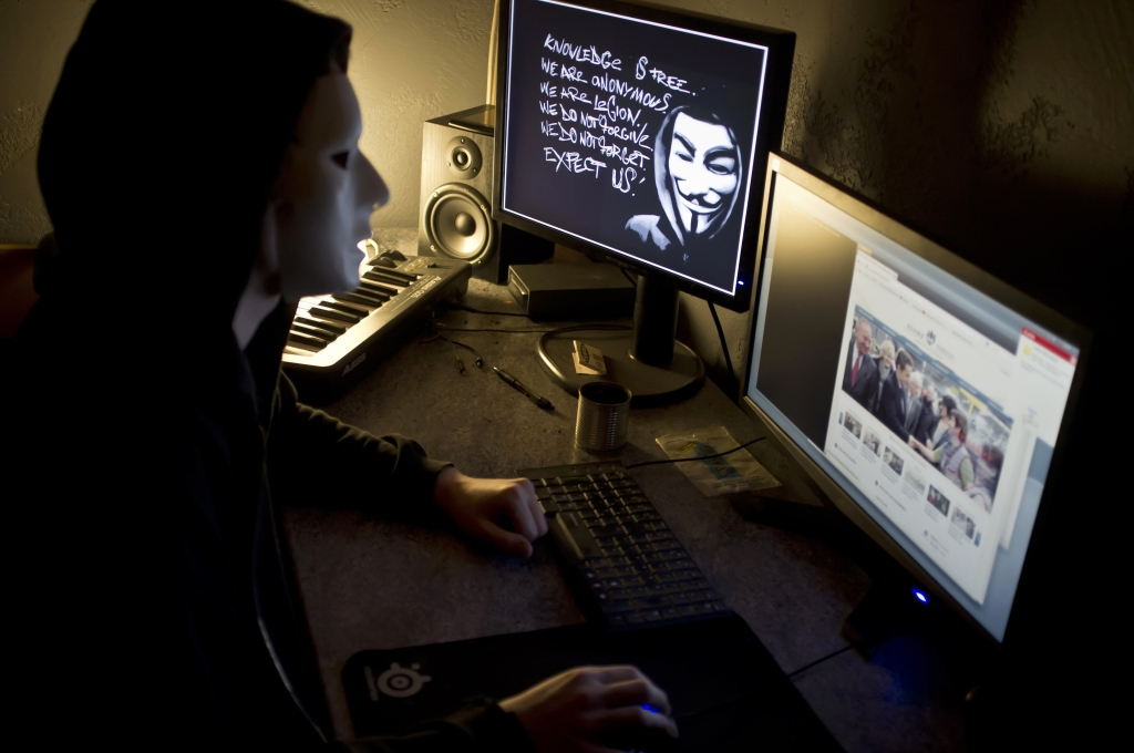 FRANCE-US-CRIME-COPYRIGHT-INTERNET-ANONYMOUS