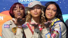 US pop group Destiny's Child blows a kiss at the c