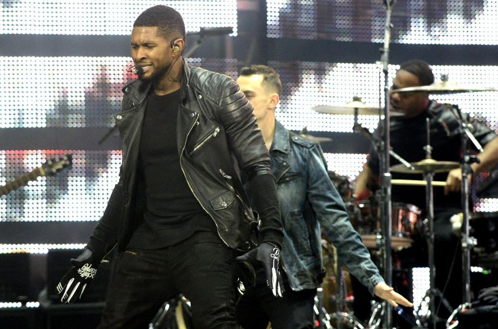 Usher Performs At The Houston Livestock And Rodeo