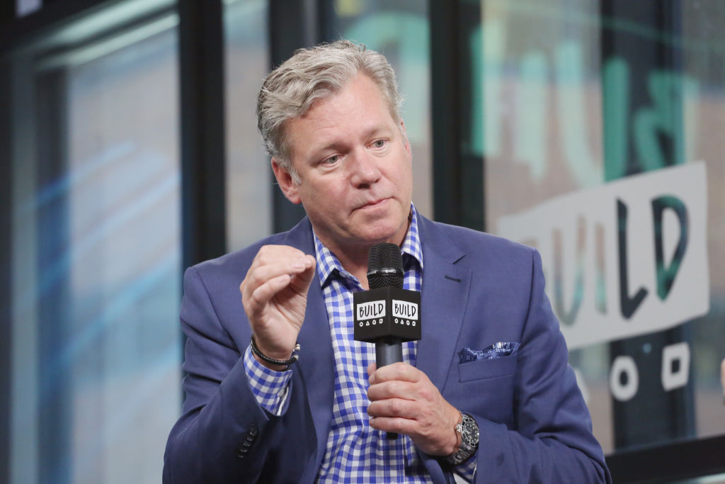 Build Presents Chris Hansen Discussing 'Crime Watch Daily'