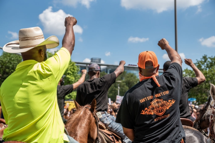 Protesters Riders On Horseback - Houston