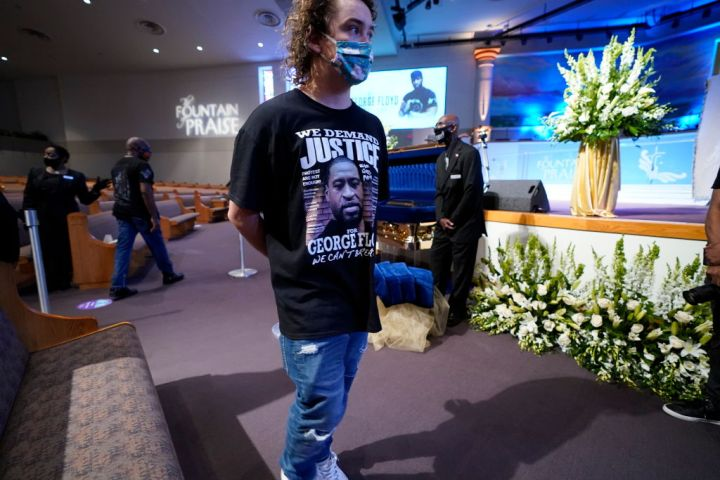 Mourners Wearing George Floyd T-Shirts In His Honor